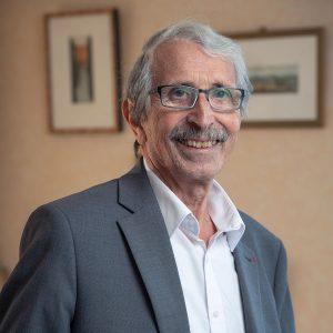 Michel Debout, psychiatre, professeur émérite de médecine, et membre de l'Observatoire du suicide légale et de droit de la santé, alerte sur la santé mentale.
