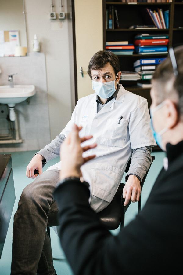 La séance de supervision avec un psychologue protège les patients-experts d'éventuelles résonances négatives. ©Laurence Geai